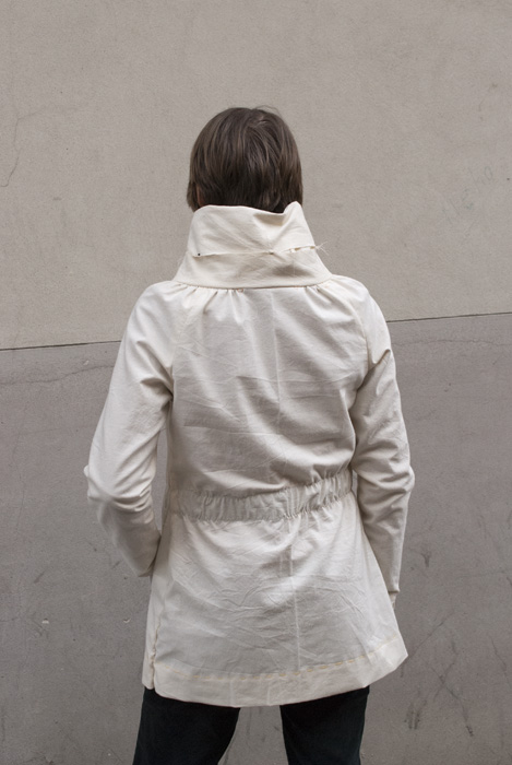 Sewaholic Minoru Jacket: Toile with excess width around the hips