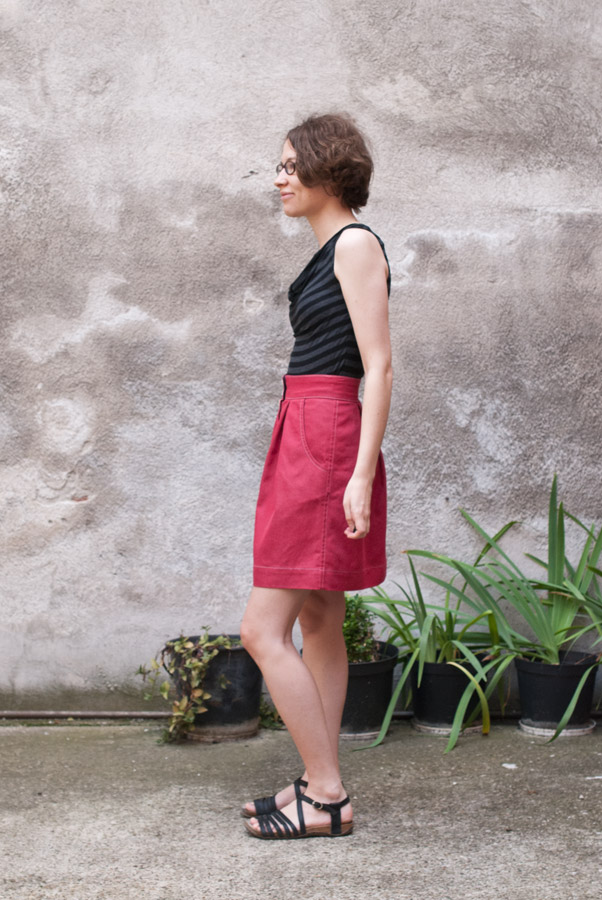 Red Denim Megan Nielsen Kelly Skirt: Side
