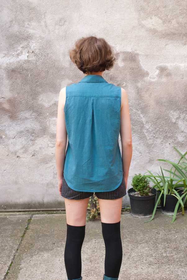 Teal Sleeveless Grainline Studio Archer Shirt: Back